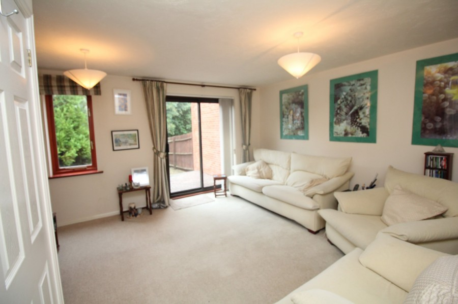 Images for Foxgrove, Cepen Park North, Chippenham